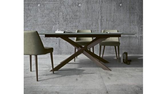 Les tables IMPERIAL LINE en vente chez Lov'in Design !